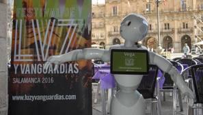 Vega, la robot pregonera