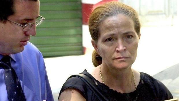 El abogado José María Garzón, junto a Alicia Hornos, la madre de Rocío Wanninkhof