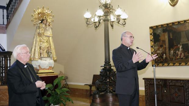 Imagen del cardenal Cañizares con el nuevo obispo auxiliar de Valencia