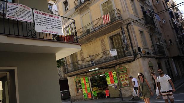 Barcelona multar con hasta euros a plataformas de for Piso 80000 euros barcelona