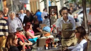 Las mujeres cobraron 5.222 euros menos que los hombres de media en Castilla y León