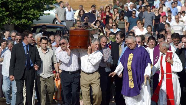 Reactivan la causa del triple crimen de burgos ante nuevos for Muebles evelio burgos