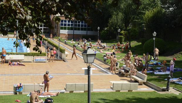 Jornada sin banador en la piscina municipal de la Casa de Campo, el año pasado
