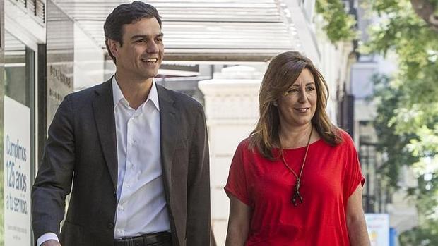 Sánchez y Díaz en julio de 2014, tras ser elegido el primero secretario general del PSOE