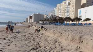 Playa de Cádiz, destino vacacional de Milagros Tolón
