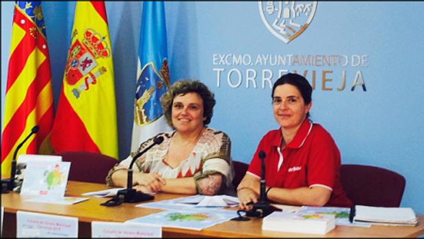 La concejal de Mujer de Torrevieja (izquierda), en una imagen de archivo