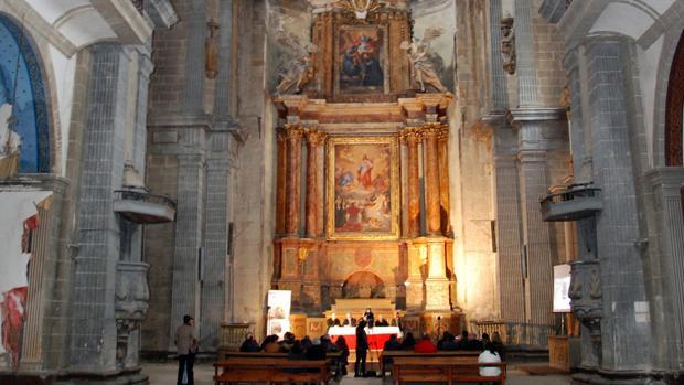Interior de la iglesia de San Prudencio