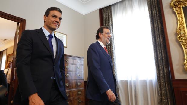 Pedro Sánchez y Mariano Rajoy se reunieron en el Congreso el 2 de agosto
