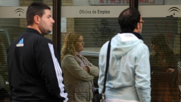 Galicia cierra el verano con mejores datos de desempleo for Oficina virtual de empleo galicia