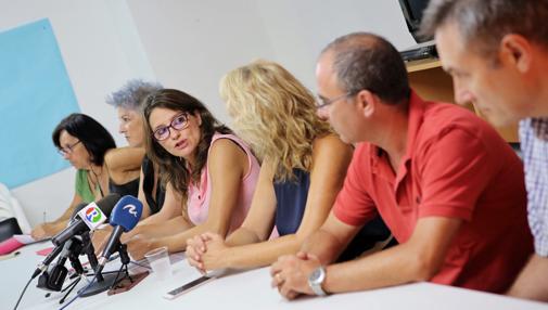 Imagen de la reunión presidida por Oltra en la residencia