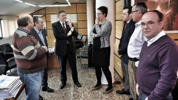Ximo Puig con representantes sindicales y de AERTE