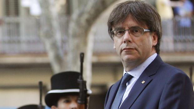 Hemeroteca: Puigdemont solo impulsará el referéndum si es «vinculante» | Autor del artículo: Finanzas.com