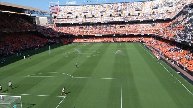 Imagen tomada el domingo en el estadio de Mestalla poco antes de la cuatro de la tarde