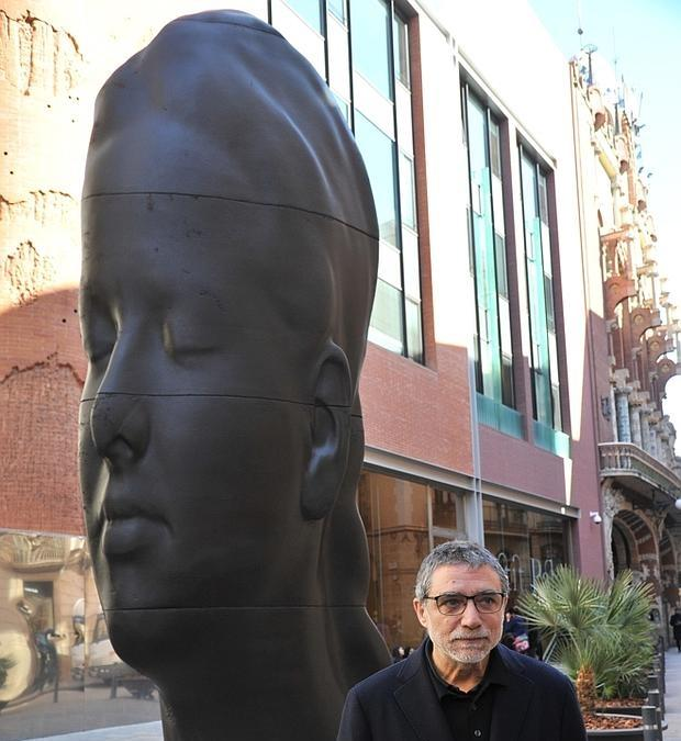 Resultado de imagen de Barcelona negocia con Plensa la compra de la escultura 'Carmela'