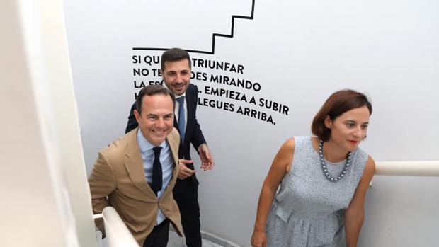 Inversores chinos y cubanos estrenan el nuevo centro de - Centro negocios alicante ...