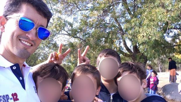 Hemeroteca: El colegio Maravillas denunciará al «Hermano Pedro» por las fotos pornográficas de menores | Autor del artículo: Finanzas.com