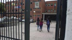 Ser «raro», obeso o inmigrante, los casos más frecuentes de acoso escolar