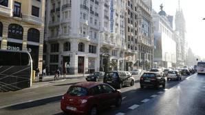 Carmena restringirá el tráfico en Centro en enero de 2018