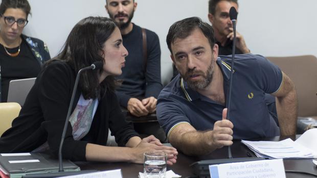 Los ediles de Ahora Madrid Rita Maestre y Nacho Murgui