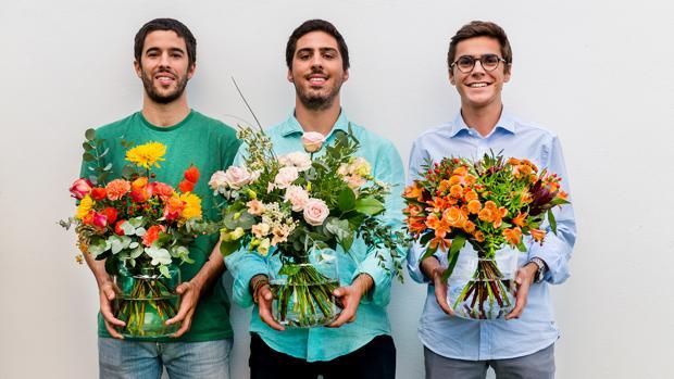 De izquierda a derecha, Andrés Cester, Marc Olmedillo y Sergi Bastardas, fundadores de The Colvin Co
