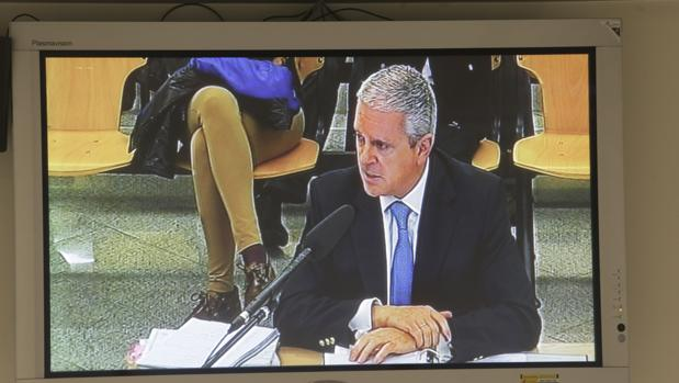 Pablo Crespo, en la pantalla de la sala de prensa de la Audiencia Nacional