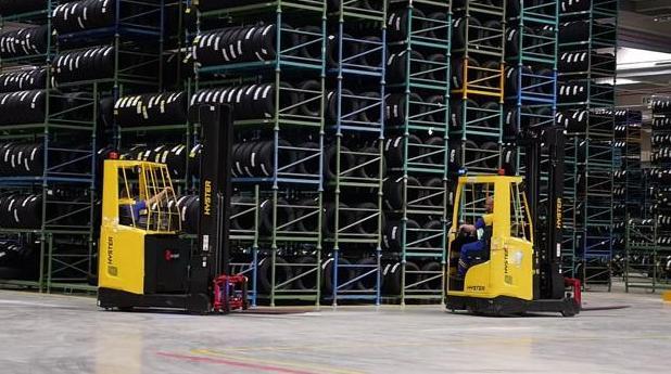 Hemeroteca: Muere aplastado por una pieza de 900 kilos un trabajador de Michelin   Autor del artículo: Finanzas.com