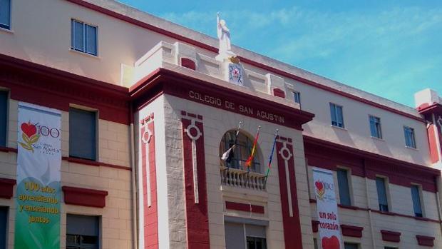 Fachada del Colegio San Agustín de Ceuta