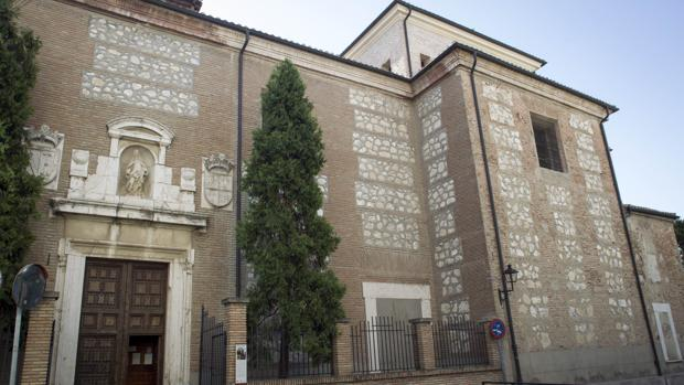 Fachada del convento de las Clarisas Franciscanas de Valdemoro