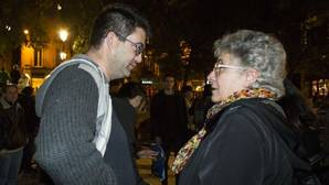Montserrat Galcerán (derecha), en la protesta de apoyo al Patio Maravillas