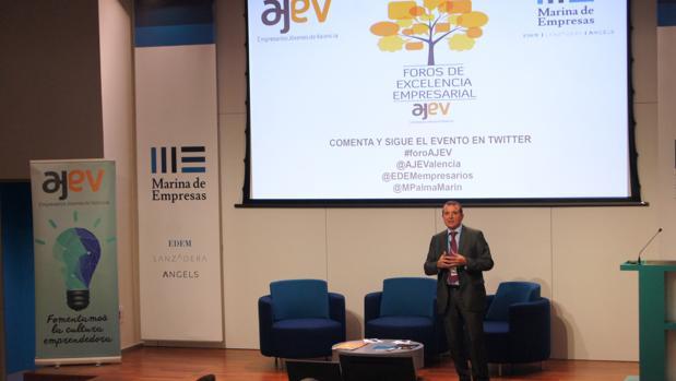 Imagen de Manuel Palma durante su intervención
