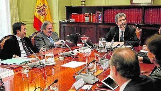El TC afirma que las Cortes no pueden ejercer un «control político» sobre el CGPJ