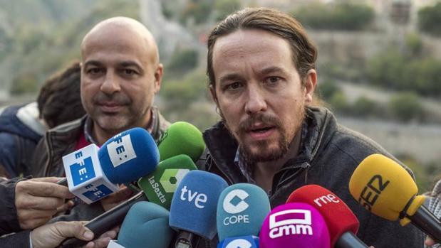 Hemeroteca: Pablo Iglesias: «No fuimos al besamanos del Rey porque nos da asco hacer cola junto a Rita Barberá» | Autor del artículo: Finanzas.com