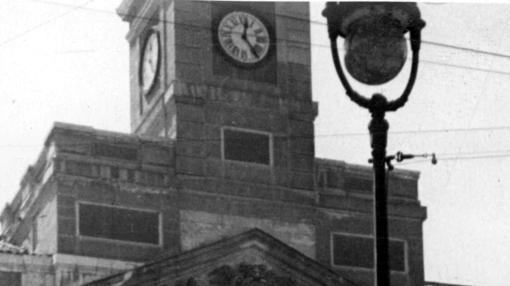 El reloj de la Puerta del Sol, entre 1936 y 1939