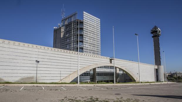 Rtvv el comit de empresa se manifiesta para reclamar la - Reparacion tv valencia ...