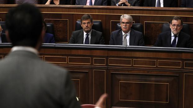 Hernando se dirige al Gobierno en la sesión de control en el Congreso