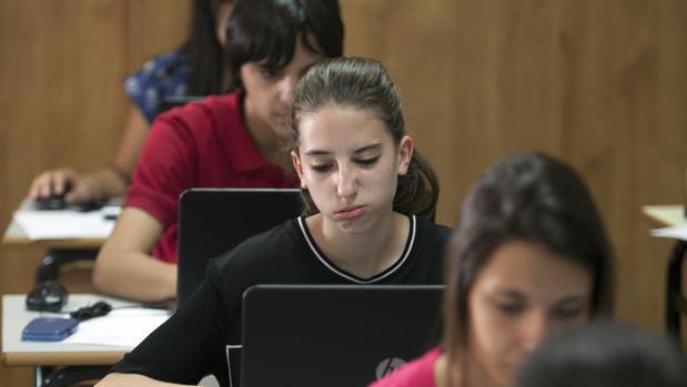 Cerca de 2.000 alumnos de 60 centros de Castilla y León se sometieron a los exámenes del Informe PISA