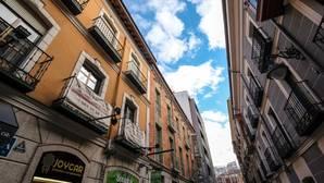 El sector denuncia la existencia de hasta 3.000 viviendas turísticas en la clandestinidad