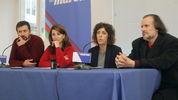 Los diputados de En Marea Gómez-Reino. Yolanda Díaz, Alexandra Ferández y Fernán-Vello