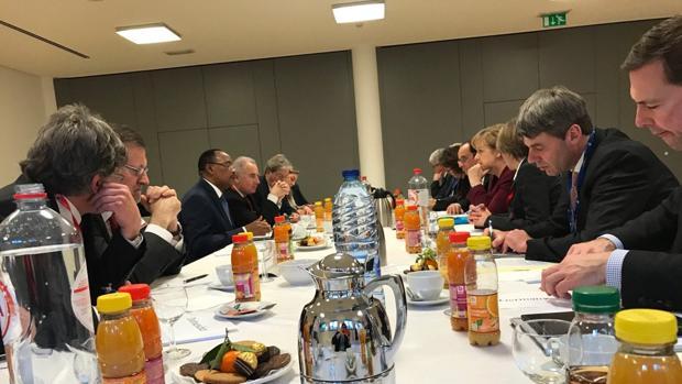 Hemeroteca: Rajoy, Merkel, Hollande y Gentiloni se reúnen con el presidente de Níger   Autor del artículo: Finanzas.com