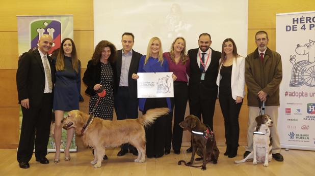 Presentación de la campaña 'Adopta un Jubilado'