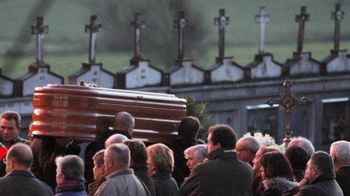 La joven asesinada en Vigo fue enterrada este domingo en Boqueixón (La Coruña)
