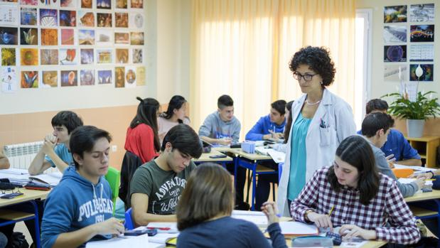 Castilla y León ha reforzado la enseñanza de la Lengua y las Matemáticas en horario extraescolar con medidas como el Plan de Éxito