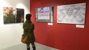 Una exposición sobre la enfermedad en la Sala de Exposiciones de la Fundación Cajacírculo ha servido para reivindicar atención para los afectados