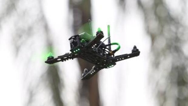 Un dron en pleno vuelo