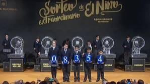 El primer premio del Niño cae en Torrent, el tercero en Benetúser