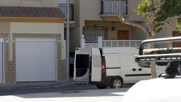 Hemeroteca: El detenido por matar a su «ex» en Almería fue denunciado por 4 mujeres | Autor del artículo: Finanzas.com