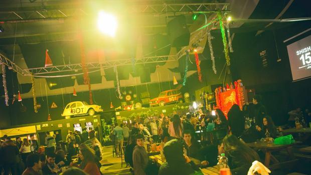 Hemeroteca: Expedientan a un local de Mataró por un espectáculo de sexo explícito | Autor del artículo: Finanzas.com