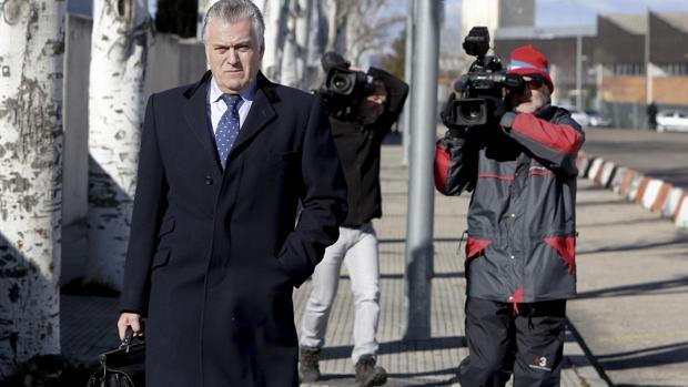 Bárcenas admite no tener documentos para poder explicar su fortuna oculta