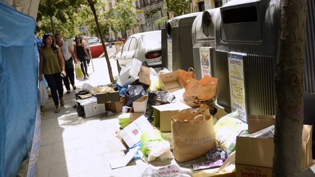 Hemeroteca: Madrid limpió más y mejor las calles principales que las secundarias   Autor del artículo: Finanzas.com