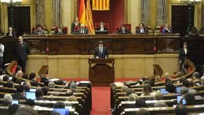 Presentan una proposición de ley en el Parlamento catalán para despenalizar la eutanasia
